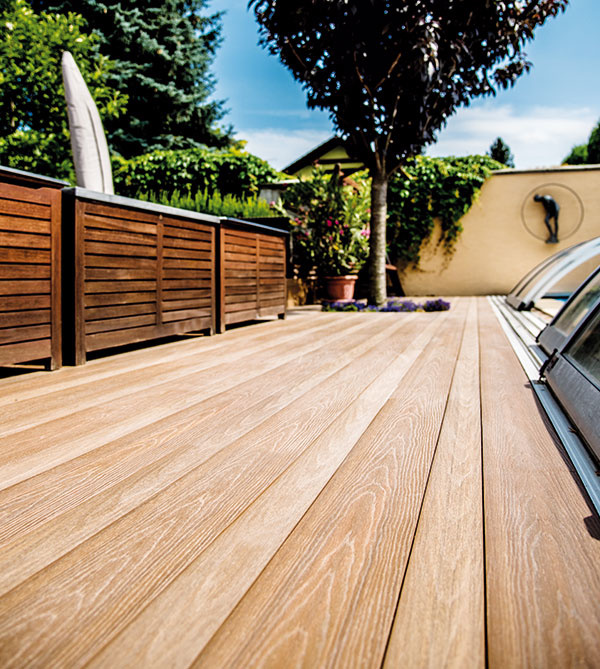 Terasové a fasádne dosky Timbermax predstavujú bezúdržbovú alternatívu dreva. Náklady na údržbu sú vďaka nenasiakavému povrchu naozaj nulové a na rozdiel od väčšiny kompozitov naozaj vyzerajú ako drevo.  www.timbermax.sk