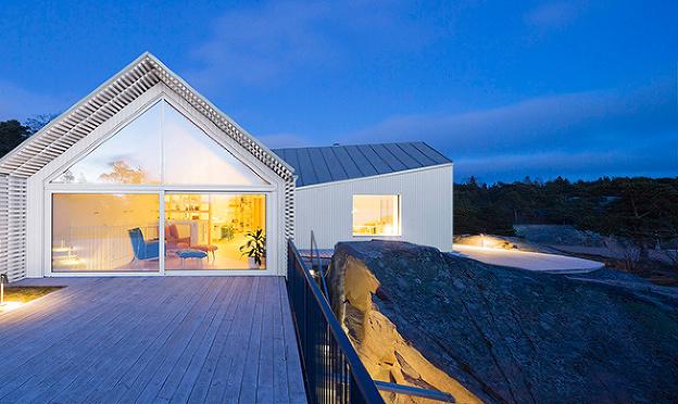 Keď sa rodinný dom spojí s prírodou: Skala v pivnici, k vode len pár krokov