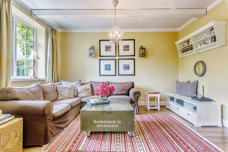 Všade dobre, doma najlepšie! Svoj vysnívaný dom v Brusne zariaďujú prelínaním štýlov