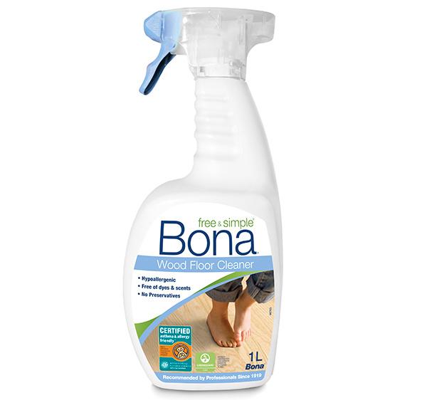Bona predstavuje novinku vo svojom sortimente – nový čistiaci prostriedok na drevené podlahy Bona Free & Simple.
