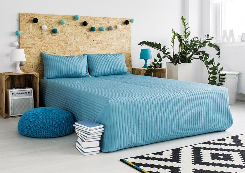 9 tipov, ako oživiť posteľné čelo a dať spálni nový nádych