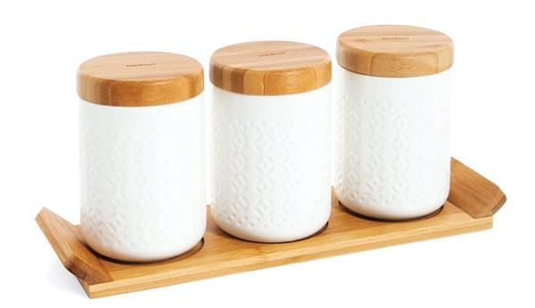 Súprava troch úložných dóz sbambusovým podnosom Bambum Arven, bambus, porcelán, 31 €, www.topbyvanie.sk