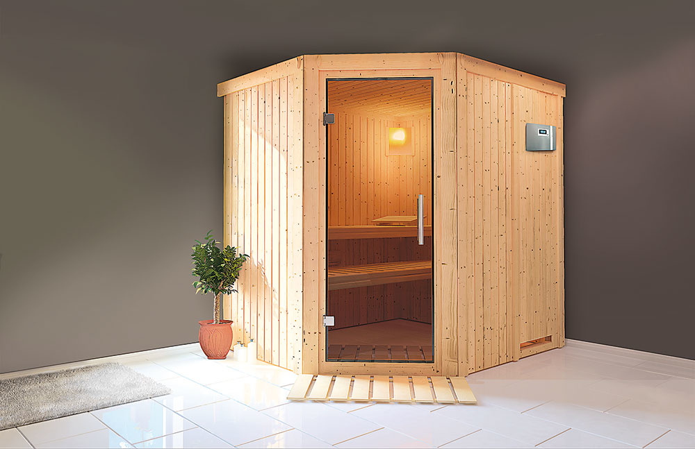 FÍNSKA SAUNA   Fínka sauna Tuula patrí medzi tie väčšie aumožňuje saunovanie vľahu aj dvom osobám naraz. Veľkou prednosťou je, že každá lavica je umiestnená vinej výške, takže presunom zjednej na druhú budete môcť jednoducho meniť teplotu, vktorej sa chcete saunovať. Korpus tvorí pevná rámová konštrukcia, vonkajšie panely sú vyrobené zdreva severského smreka, vstupné dvere sú zo špeciálneho tvrdeného bezpečnostného skla. Lavice sú zosikového dreva, ktoré vyniká minimálnou tepelnou vodivosťou, hebkosťou anízkou hmotnosťou. Pri dotyku spokožkou nepáli aaj pri vysokých teplotách vsaune zostáva príjemne hrejivé. www.mountfield.sk