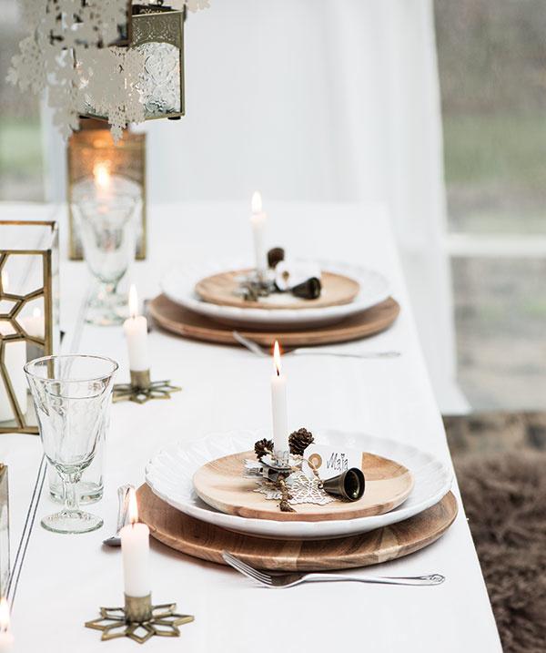 Sviečka pre každého stolovníka umocní dojem jedinečnosti danej chvíle. Pri spoločnom sfukovaní si môžete niečo tajné zaželať anová rodinná tradícia je na svete.