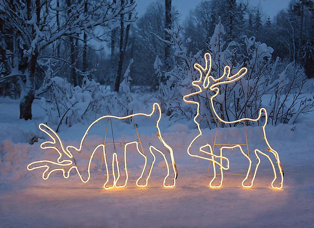 Ako si skrášliť vstup do domu vianočnými ozdobami