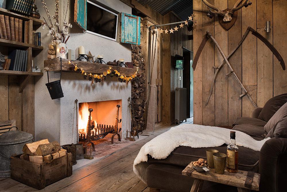 Krásne zrekonštruovaná chata: Rustikálny pôvab uprostred prírody