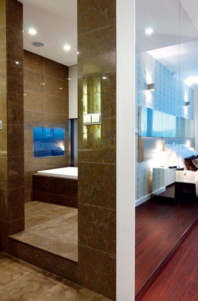 V kúpeľniach veľkomesta
