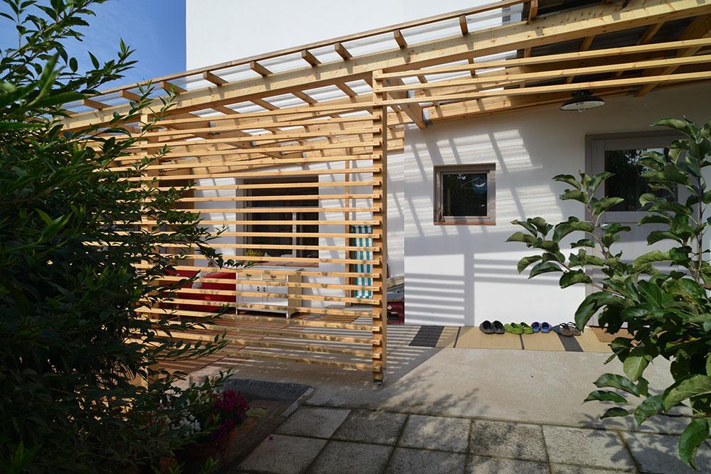 Domu z dvadsiatych rokov dali novú tvár: Rozšírili priestor a spojili ho so záhradou