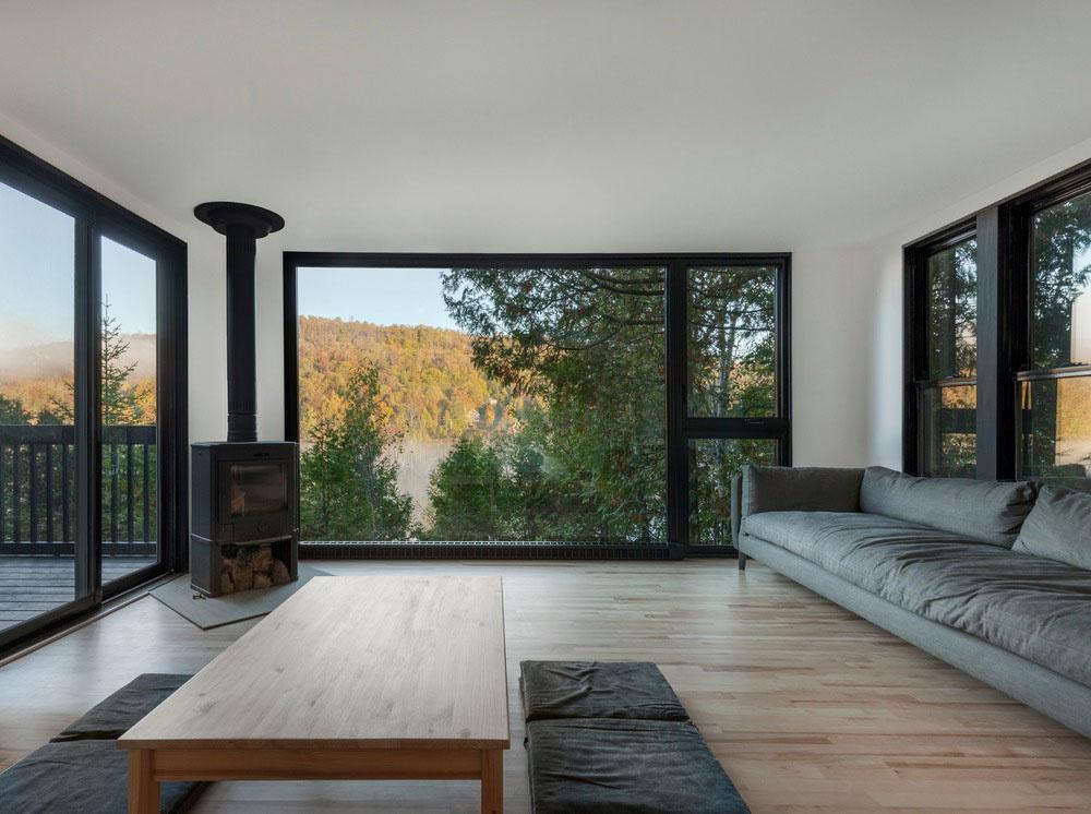Menej plochy, ale viac priestoru ? Dômyselnou rekonštrukciou chaty to dosiahli!