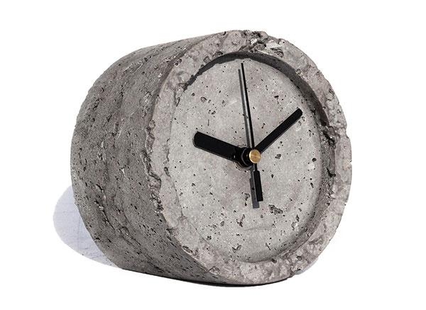 Betónové od značky IVANKA, surový betón, 12,5 × 12,5 × 9 cm, 37,99 €, www.gabroni.com