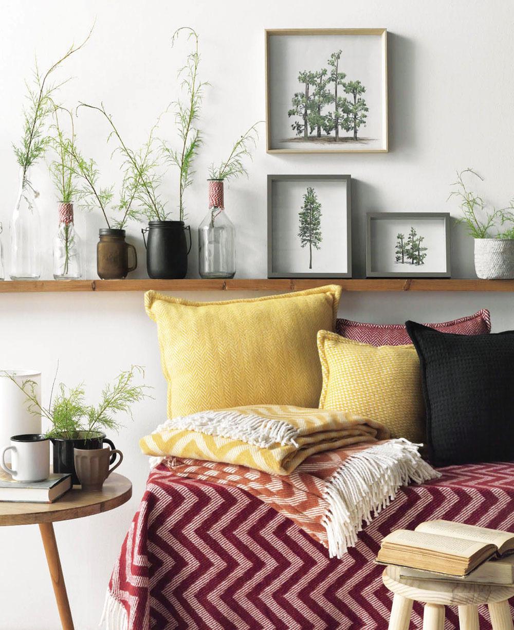 Sklenené vázičky skvietkami či konármi, prípadne zarámované vylisované rastliny, sa hodia do každej obývačky aokrem toho, že interiér doslova oživia, prezradia omajiteľoch aj to, že majú vzťah kprírode.