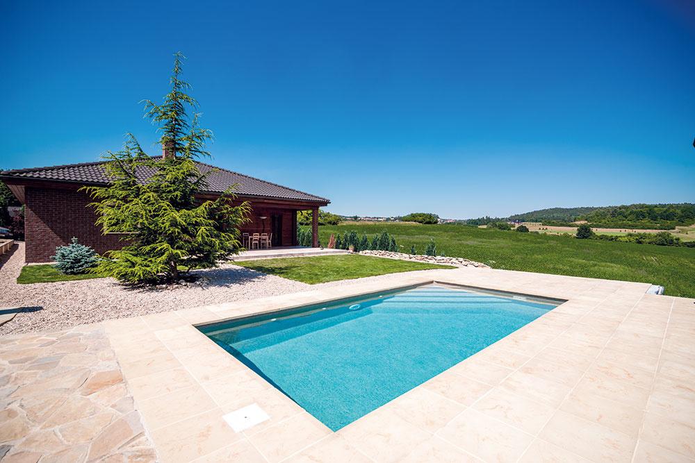 Dizajn-kompozitný bazén radu Métropole, model Cannes