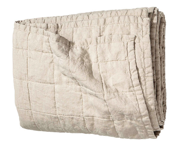 PRIKRÝVKA, praný ľan, 180 × 250 cm, 129 €, www2.hm.com