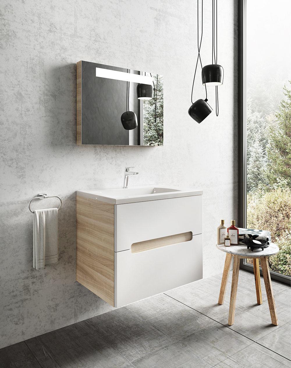 KÚPEĽŇOVÝ NÁBYTOK Classic od značky Ravak. Dizajnér doň včlenil myšlienku jednoduchosti apraktickosti vich esenciálnej podobe. Úsporné vonkajšie línie ozvláštňuje zľahka vykrojené držadlo oválneho tvaru vduchu minimalizmu.