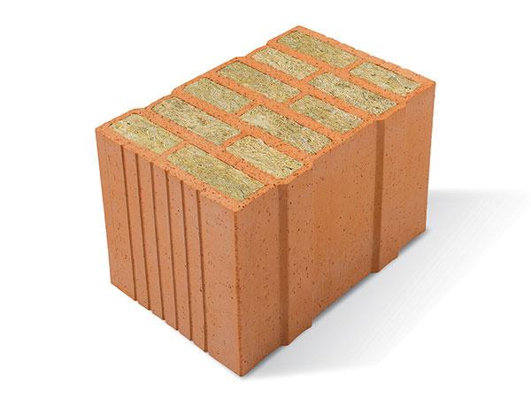Porotherm 38 T Profi sú keramické tvarovky so zvislými dutinami vyplnenými hydrofobizovanou minerálnou vlnou. Sú určené na jednovrstvové obvodové murivo s hrúbkou 38 cm, ktoré má tepelnoizolačné parametre vyhovujúce dnešnej norme. Na murovanie sa používa tenkovrstvová malta Porotherm Profi, ktorá sa dodáva spolu s tehlami. (Hrúbka muriva 38 cm, hmotnosť tvarovky 15,7 kg, súčiniteľ prechodu tepla U