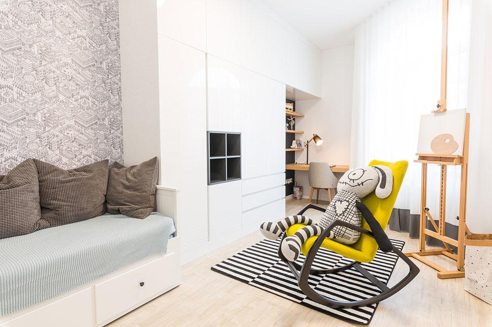 Dve detské izby sú odlišné rovnako ako dievčatá aich záľuby – pri navrhovaní architekti rešpektovali ich požiadavky. Vlastné izby pre dospievajúce dcéry patrili kdôvodom, pre ktoré potrebovala rodina väčší byt.