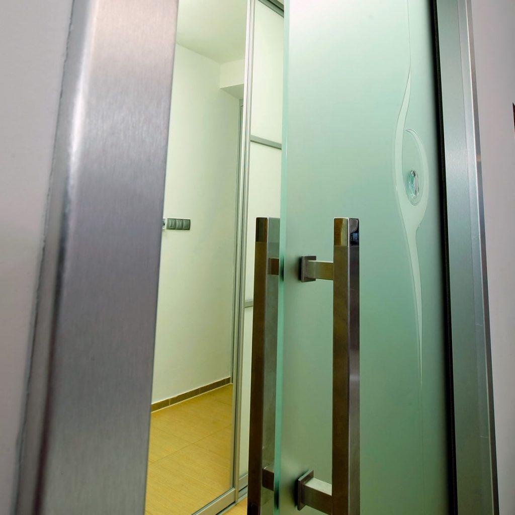 Tip pre malé kúpeľne – zasúvacie dvere