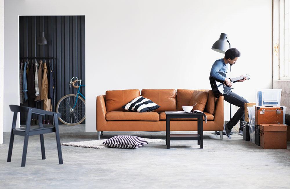 Minimum nábytku je základ. Muži potrebujú bývanie, ktoré vyžaduje čo najmenšiu údržbu.