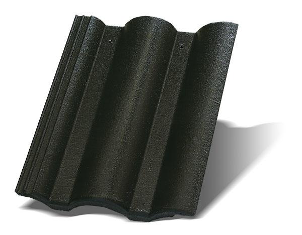 Škridly Terran Danubia sklasickým tvarom amäkkými líniami, ktoré evokujú rieku azvlnenú krajinu, zapadajú do podmienok strednej Európy. Krytina je vyrobená zvysokokvalitného betónu, jej povrch je hladký, dvakrát farbený. Je dostupná vdeviatich vyhotoveniach – vponuke sú viaceré farebné možnosti vrátane trendovej čiernej farby Carbon adve povrchové úpravy (ColorSystem zabezpečuje stálofarebnosť alesk, EVO je najmodernejší spôsob úpravy, ktorý výrazne predlžuje životnosť krytiny). Spotreba: cca 10 ks/m2 Cena za 1 m2: 13,90 € www.terran.sk