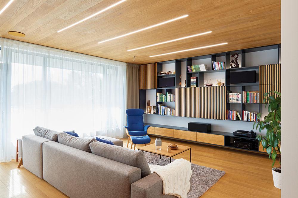 Moderný štvorizbový byt v bratislavskej novostavbe plný dreva