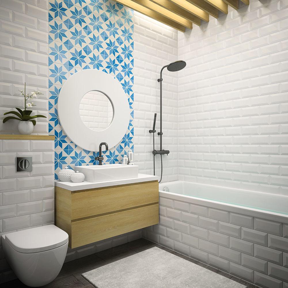Nesmrteľná biela  Okrem toho, že sa vám biele obklady tak skoro nezunujú, dokážu malú kúpeľňu neuveriteľne opticky zväčšiť. Pôsobia čisto asviežo anechajú vpriestore vyniknúť doplnky či textílie, vďaka čomu môže biela kúpeľňa vyzerať hoci aj každý mesiac celkom inak. Vkurze sú dnes malé obdĺžnikové rozmery obkladov s3D efektom.