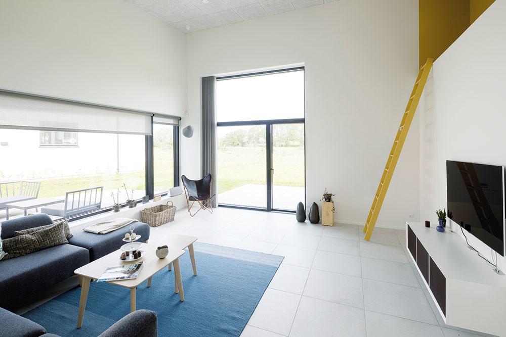 Energetickú efektívnosť domu potvrdzuje aj certifikát spoločnosti Active House. Aktívne domy poskytujú zdravšiu vnútornú klímu apohodlnejší život. Využívanie obnoviteľných zdrojov energií je vnich samozrejmosťou. Certifikát získavajú na základe vzájomného spolupôsobenia nízkej spotreby energie, kvalitného vnútorného prostredia aminimálneho dopadu na životné prostredie.