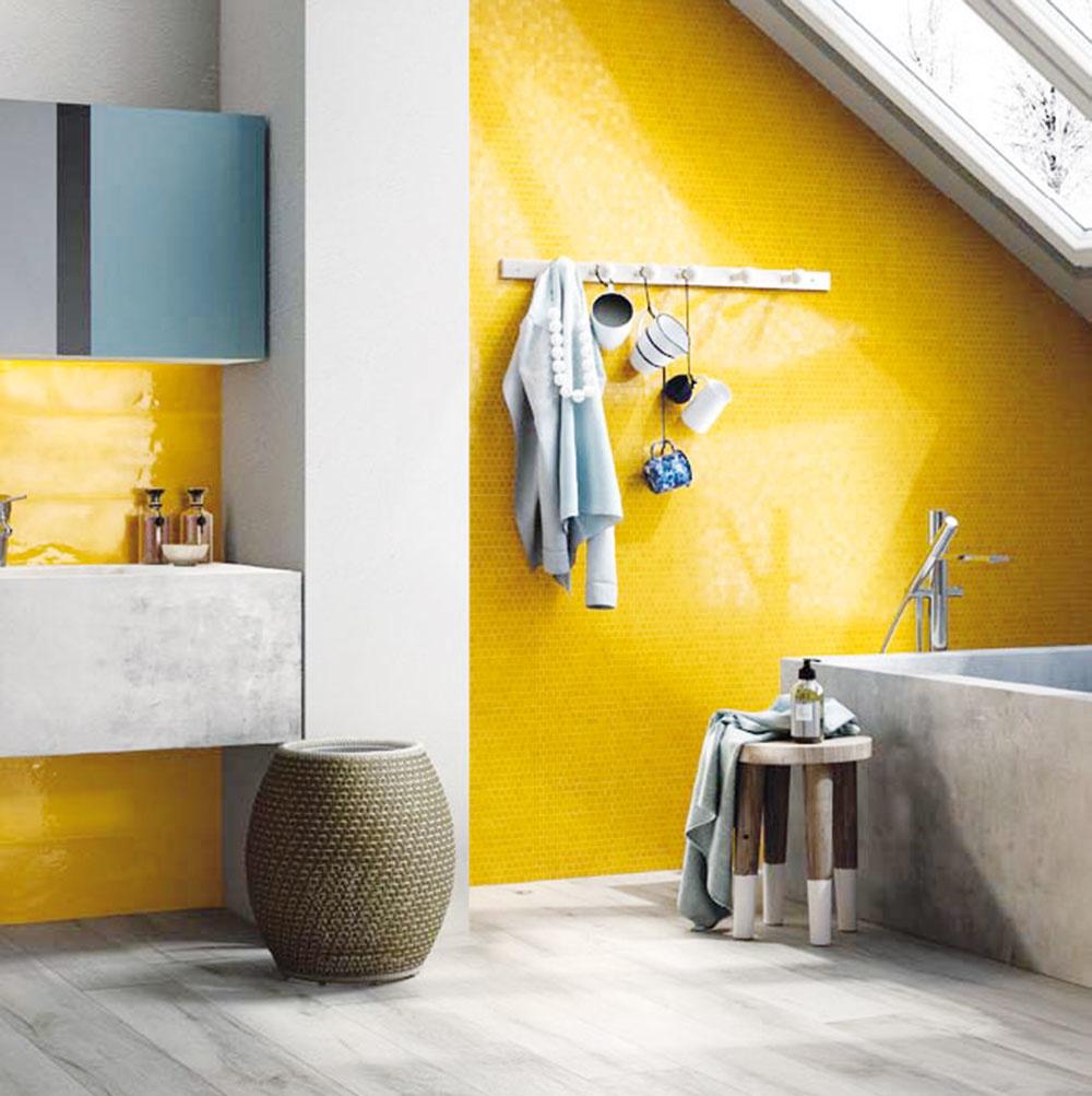 ŠTÝL 3 Lesklý industriál  Industriálne zariadená kúpeľňa má jednoducho šmrnc. Maximálne priemyselný dojem vytvoríte napríklad hladkým betónovým povrchom na vani anaumývadlách,liatou podlahou alesklou, výrazne žltou stenou. Dôležité sú imenšie doplnky ako otvorené police, vešiaky na stene čiprenosný mobiliár. Tento štýl je ideálny pre tých, čo milujú poriadok. Dajte si všakpozor: na hladkom sa dobre šmýka.