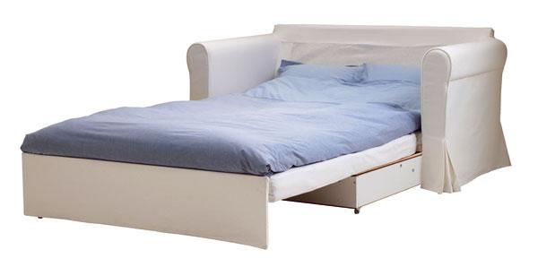 Pohovka či posteľ? Riešenie: 2 v 1