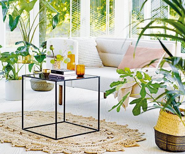 Obývačka podľa ženy: Romantická a útulná