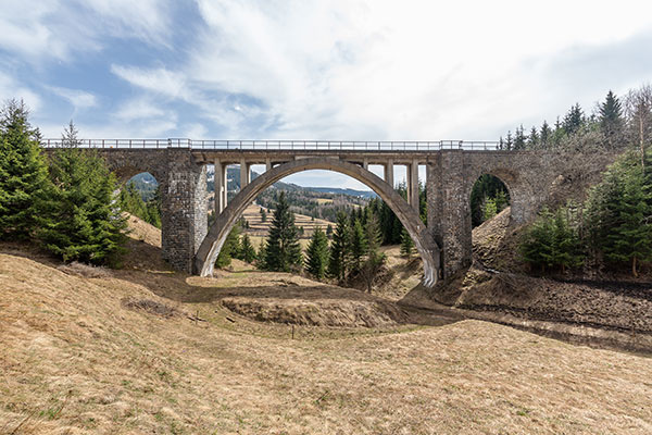 Železničná trať Červená Skala – Margecany