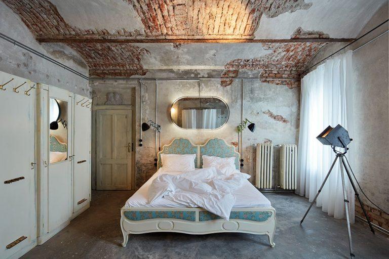 Zo starej práčovne sa stal štýlový byt s osobitým čarom