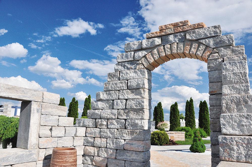 Vhodnou kombináciou rôznych farieb a povrchov systému Arcadia môžete dosiahnuť architektonicky zaujímavé prvky. www.citystonedesign.sk