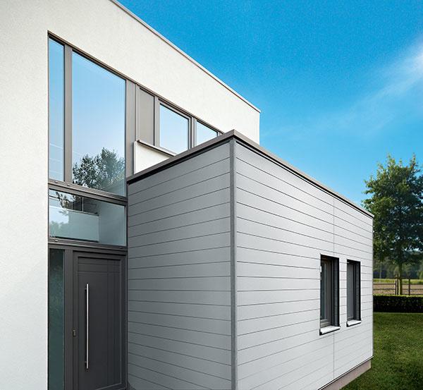 Hliníkové fasádne obklady Premium sa dajú jednoducho kombinovať aj s kompozitným obkladom Twinson Premium a vytvoria tak veľmi pekný vzhľad celého domu. www.inoutic.sk