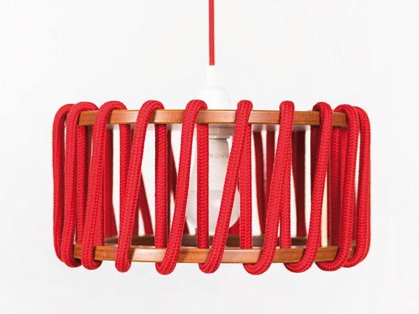 Stropné svietidlo Macaron od značky Emko, dyhovaný dub, lano, plast, 45 × 15 × 45 cm, 183,99 €, www.bonami.sk