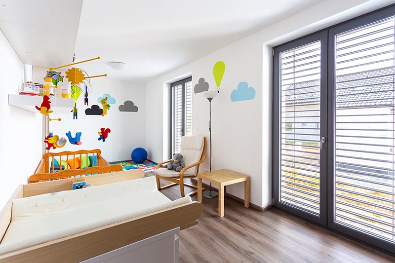 Dom stavaný svojpomocne v súťaži YQ Stavba prekvapil svojou čistotou a jednoduchosťou.