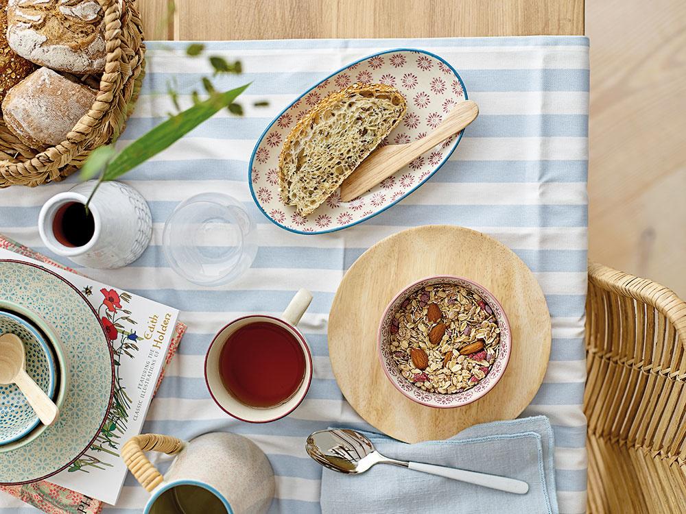 Hrnček Patrizia od značky IB Laursen, keramika, objem 300 ml, priemer 9,5 cm, výška 8 cm, 7,83 €, www.bellarose.sk FOTO IB Laursen