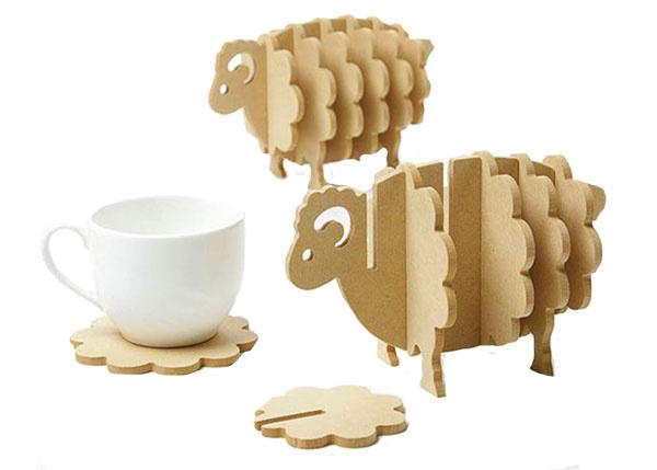 Podtácky v tvare ovečky, drevotriesková doska, 6,90 €, www.xdomacnost.sk