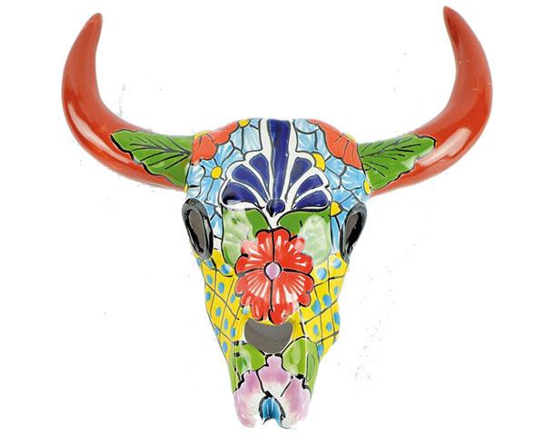 """Keramická lebka, býk """"Cráneo"""" Talavera, ručne vyrobená a maľovaná v Mexiku, 74 €, www.lagartija.sk"""