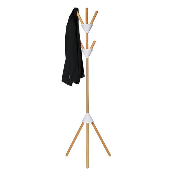 Pierrot od značky Alessi, bukové drevo, 55 × 170 × 48 cm, aj sivý, 209 €, www.connox.com
