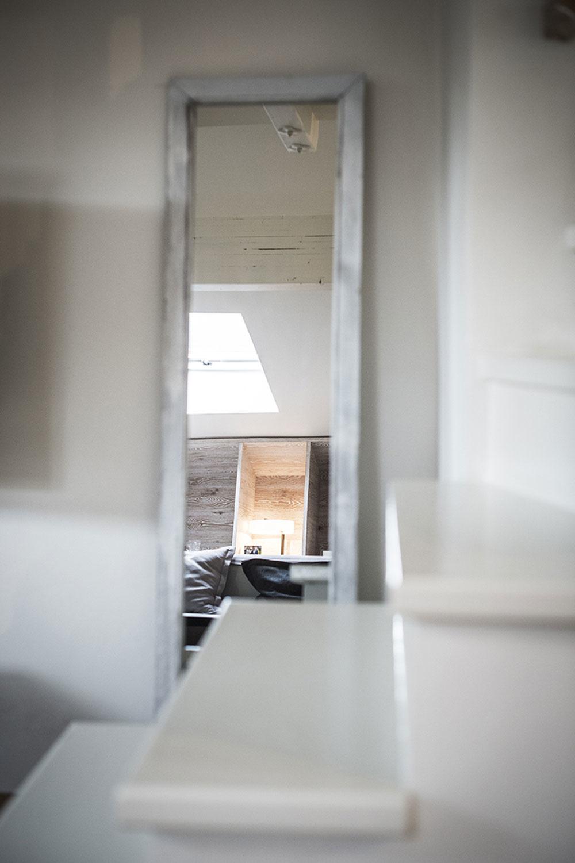 Dvojizbový byt s unikátnou atmosférou