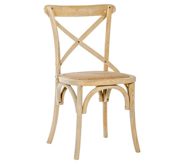 Sivohnedá stolička od značky Malvarosa, 49,95 €, 85 × 40 × 36 cm, www.dizajnove.sk