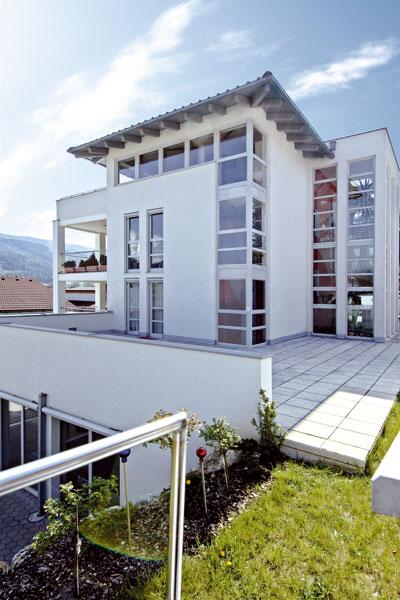 Okná, ktorých tepelná izolácia sa rovná izolácii 80 cm tehlovej steny