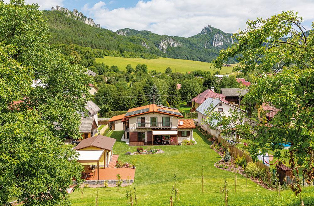 Rodinný dom zatiaľ využívajú jeho majitelia ako víkendový, časom sa však doň plánujú presťahovať natrvalo.