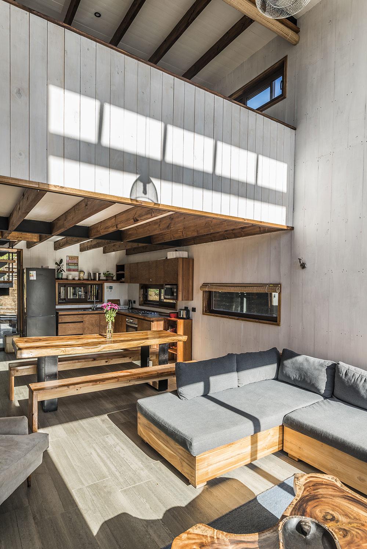 Atraktívne bývanie v modulárnom dome s výhľadom na vodnú hladinu