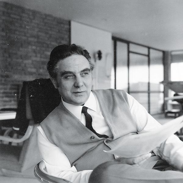 Elio Martinelli (1922 – 2004)  taliansky dizajnér apriemyselník