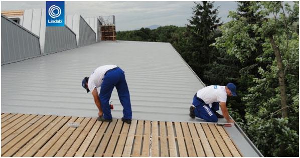 Prečo sa na strechy hodí kvalitný plech?