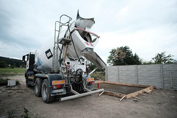 Odporúčania CRH betonárov pre betónovanie s dodaným transportbetónom