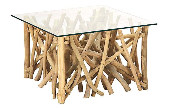 Konferenčný stolík Confusion, tíkové drevo, sklo, nosnosť 40 kg, 80 × 42 × 80 cm, 169 €, www.moebelix.sk