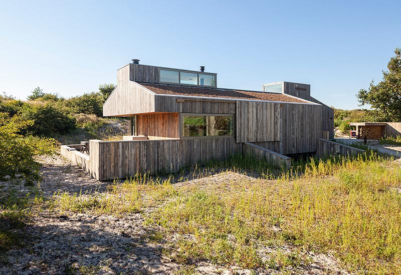 Vybabrali s prísnymi pravidlami: Časť domu skryli pod terén