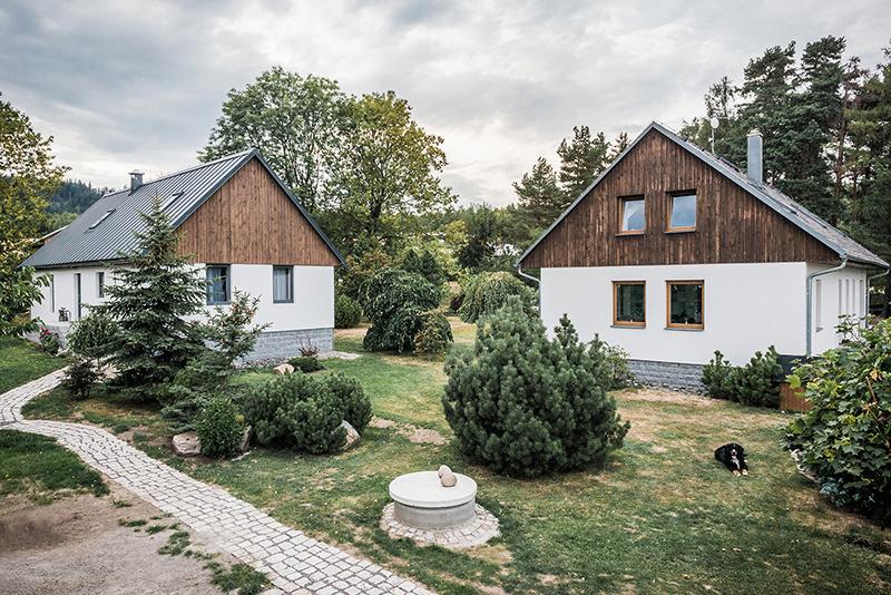 Viacgeneračné bývanie na jednom pozemku: Spolu, ale oddelene!